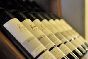 Weinflaschen lagern